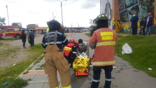 Rescataron a una mujer que cayó al río Subachoque en Madrid, Cundinamarca.