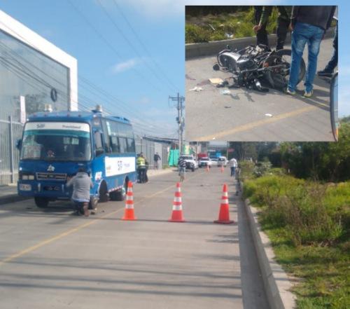 Motociclista y su acompañante resultaron heridos en accidente de tránsito en Mosquera, Cundinamarca.