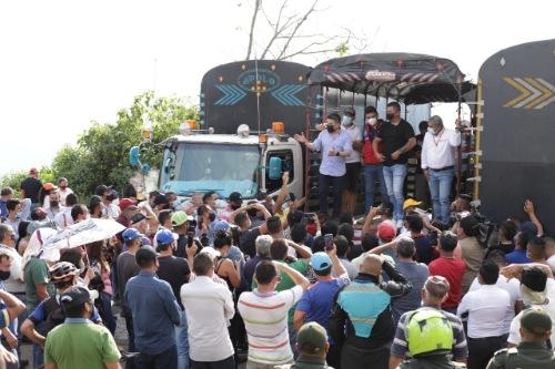 Gobernación llega a acuerdo con el gremio camionero para despejar el corredor vial del Tequendama