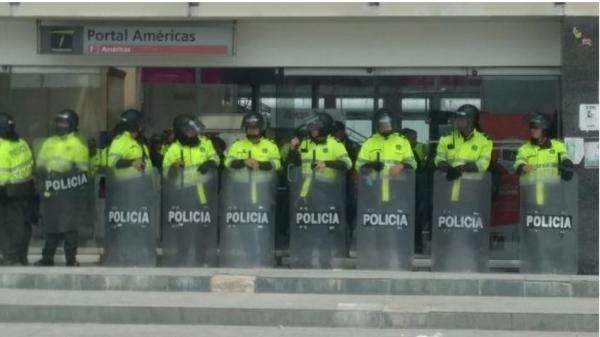 Procuraduría abrió indagación contra funcionarios indeterminados de la Policía Nacional, con el fin de esclarecer posibles irregularidades en la desaparición y el deceso de un joven en el Portal de Las Américas en Bogotá
