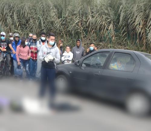 Un motociclista fallecido y otra persona lesionada en accidente de tránsito.